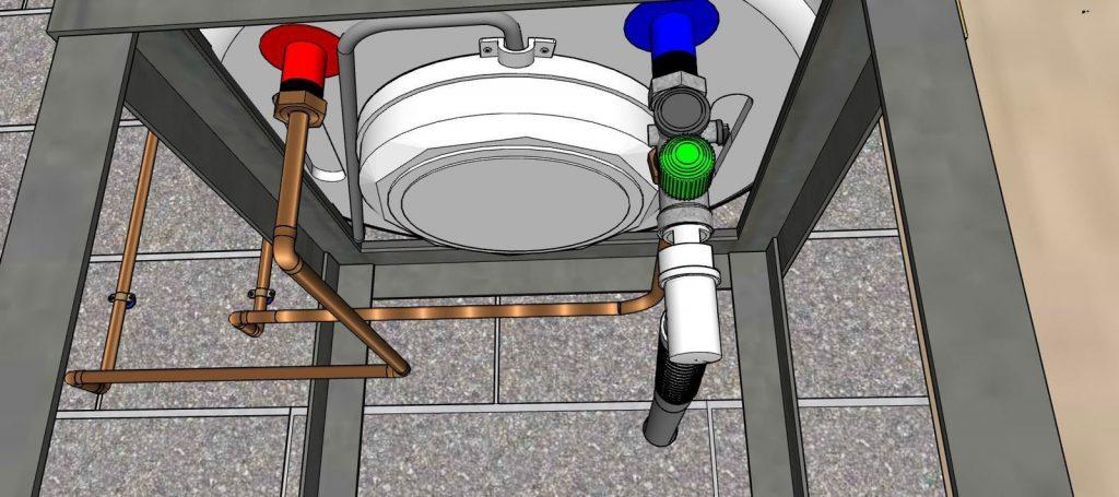 Le chauffe-eau vu de dessous avec le capot de protection des branchements électriques