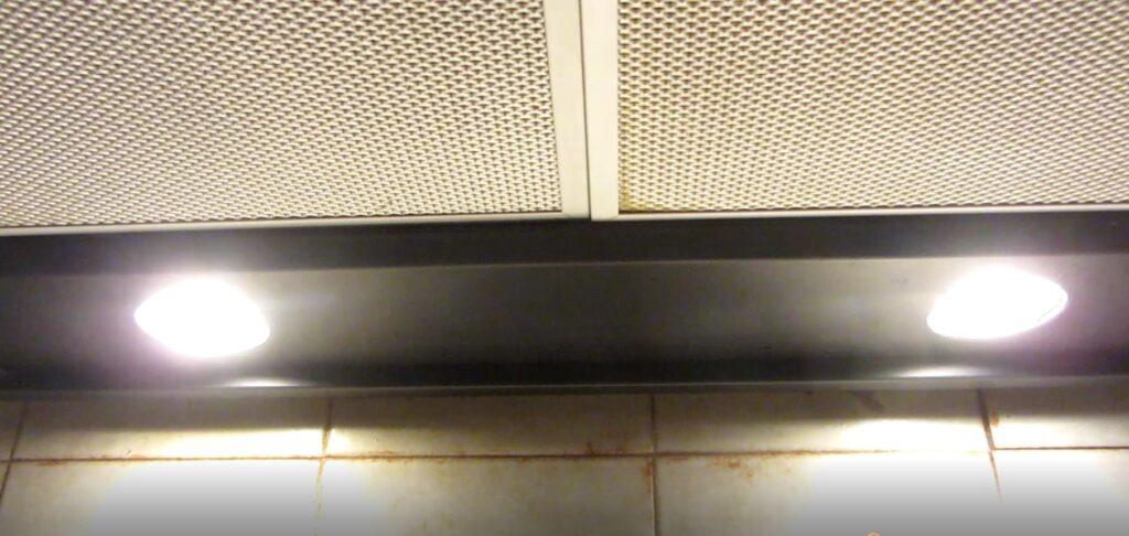 Ampoules spot LED interrupteur en position ON