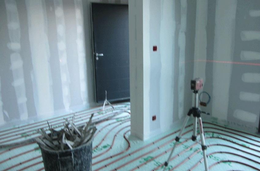 Trait de projection du laser rotatif